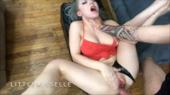 Horny Bitch Squirt All Over Thick Cock LittleMissElle GRATUIT